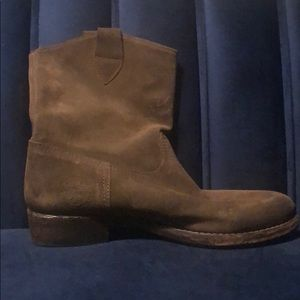 Suede boots Catharina Martinez